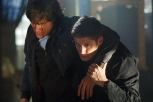 Bloody Mary Promo Pics - Supernatural Wiki