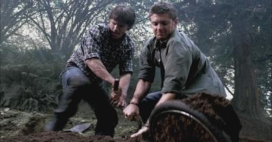 Sam & Dean unearth Peter's bike